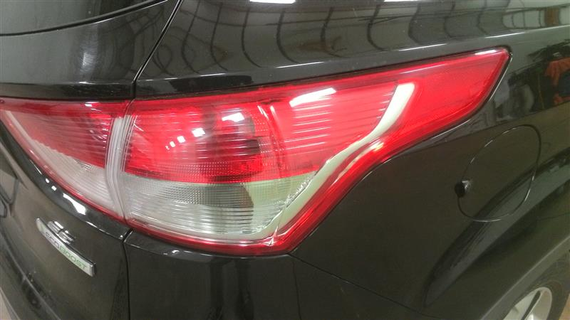 2013 ESCAPE Tail Lamp R.